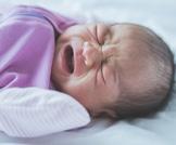 أعراض الألم لدى الرضيع