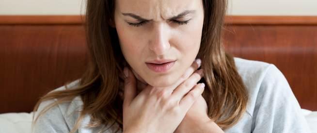 علاج بحة الصوت طبيعيًا بالأعشاب