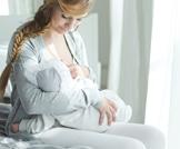 مشاكل صحية قد تعيق الرضاعة
