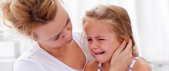 القيء عند الاطفال كيف يمكن التعامل معه؟
