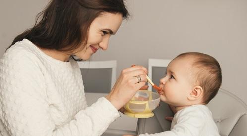 دليل تغذية الرضيع