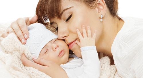 أطعمة الأم بعد الولادة