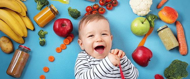 بماذا يوصي الأطباء لتغذية طفلك ذو الستة أشهر؟