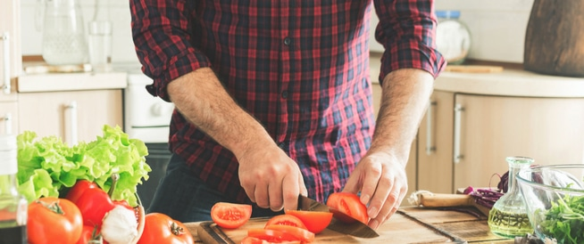 تضخّم البروستاتا: الأطعمة المفيدة والضّارة