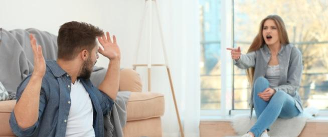 مشاكل الأزواج: كيف يجب أن تتصرّفا؟