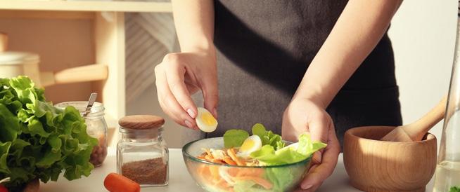 أطعمة مفيدة وأخرى تجنّبيها بعد الإجهاض