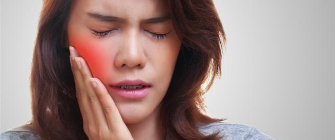 من اللسان الجغرافي لقروح البرد: أبرز مشاكل الفم الغريبة والمزعجة