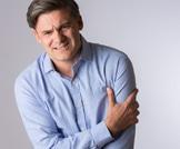 طرق طبيعية لعلاج مشكلة التثدي لدى الرجال
