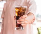 تأثير الإقلاع عن المشروبات الغازية عليك