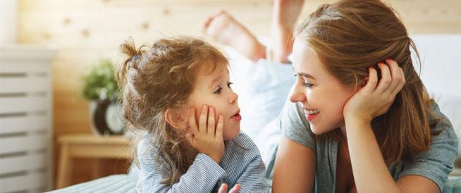 التساؤلات الشائعة لدى الأطفال وإجاباتها المثالية