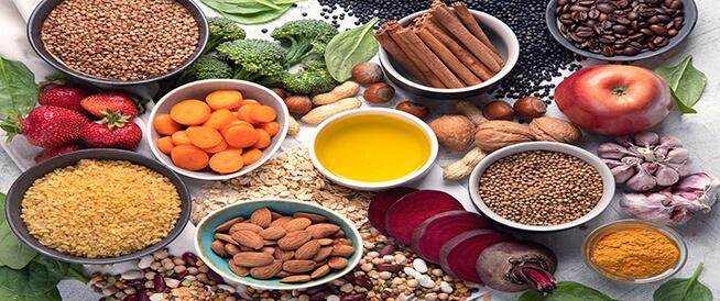 أطعمة تساعد في تنظيف الكبد من السموم في رمضان