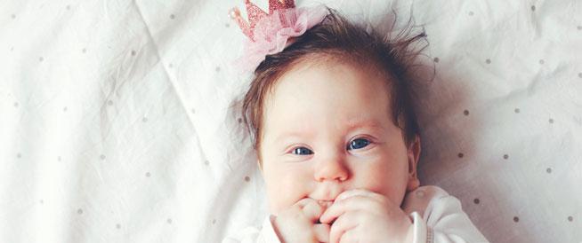 أسماء بنات تحمل البهجة والسعادة