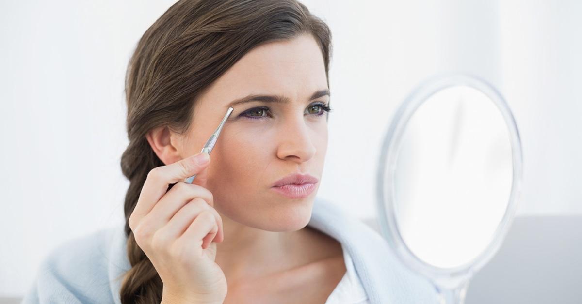 نمو الشعر في أماكن غير مألوفة لدى المرأة ويب طب
