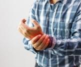 6 أسباب لألم المفاصل لديك - بعضها خطير!