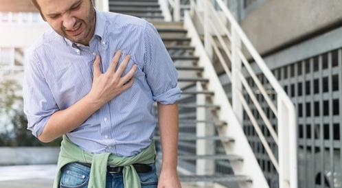 الفرق بين الذبحة الصدرية والنوبة القلبية