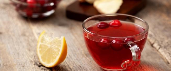 فوائد عصير التوت الأحمر: حماية للمسالك البولية وأكثر!