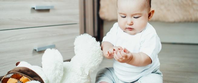 6 مواد احذري ان يبتلعها طفلك
