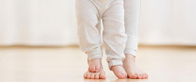 طرق علاج الفلات فوت عند الأطفال