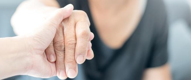 اختبار يفحص الأعراض المبكرة للإصابة بالزهايمر