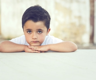 تأثير الوحدة على الطفل: أعراض وتأثيرات وحلول!