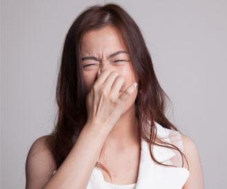 رائحة الجسم الكريهة: أسباب مرضية عديدة