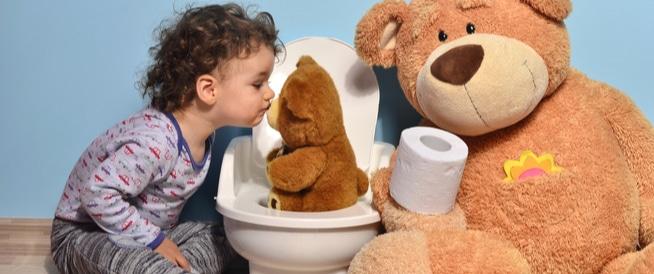 كثرة التبوّل عند الاطفال: الأسباب والعلاج