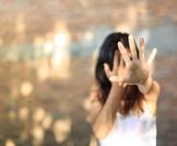 كيف يؤثّر العنف ضدّ المرأة على صحّتها؟