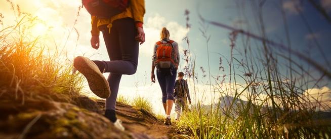 فوائد صحية تجنيها من تسلق الجبال