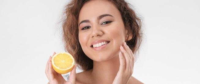 الليمون للوجه: الفوائد والوصفات الطبيعية