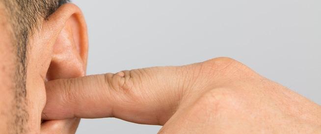 تنظيف الأذن وعلاج الأذن المسدودة: أهم المعلومات