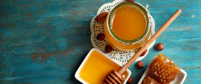 العسل للحامل: ما هي شروط تناوله؟
