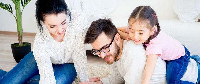 ما يخص الأب والأم في تربية الطفل