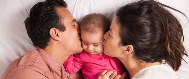 منع الحمل أثناء الرضاعة: الوسائل الأكثر أماناً والإحتياطات الهامة