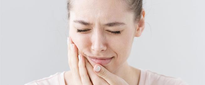علاجات طبيعية لحروق الفم واللسان