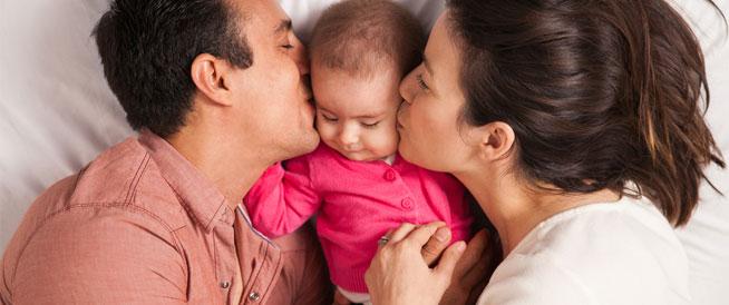 مشكلات تواجه الزوجين بعد الإنجاب وطرق التغلب عليها