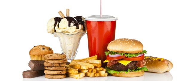 10 أطعمة تسبب جفاف الجسم