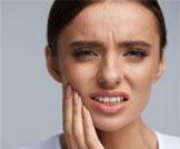 أسباب سقوط حشو الأسنان