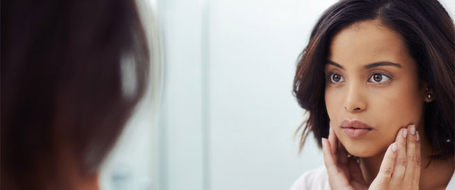 حب الشباب الهرموني: أسباب وأعراض وعلاجات
