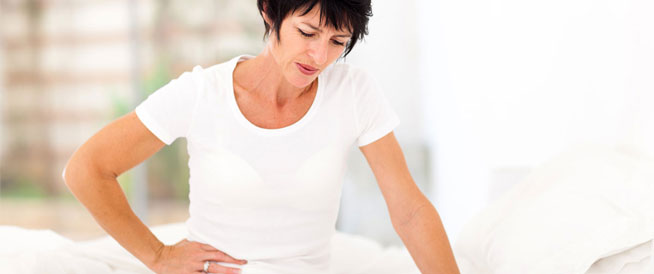 التلبك المعوي: أسباب وعلاجات طبيعية
