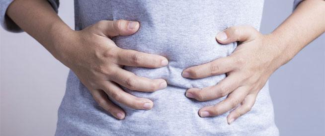 أطعمة تسبب الإنتفاخ وطرق تقليل أضرارها