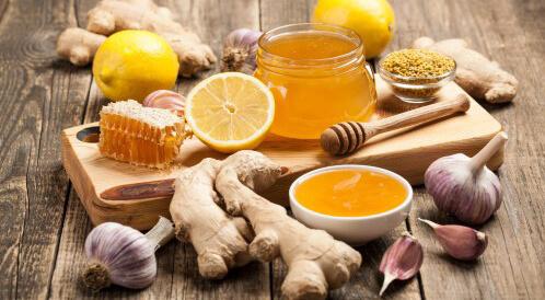 العسل والثوم