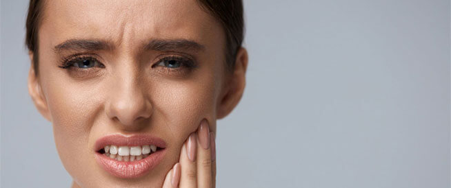 أمراض تؤدي إلى ألم الأسنان وإصابتها بالتسوس
