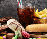أطعمة تضر الكبد