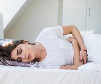 أسباب الغازات في البطن عند النساء