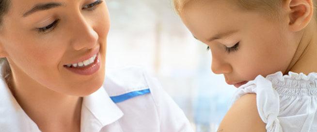 تطعيمات هامة للطفل خلال أول عامين من عمره