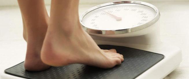 زيادة الوزن بعد الزواج: الأسباب وطرق الوقاية