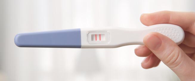 هل يمكن الحمل بعد انقطاع الطمث؟