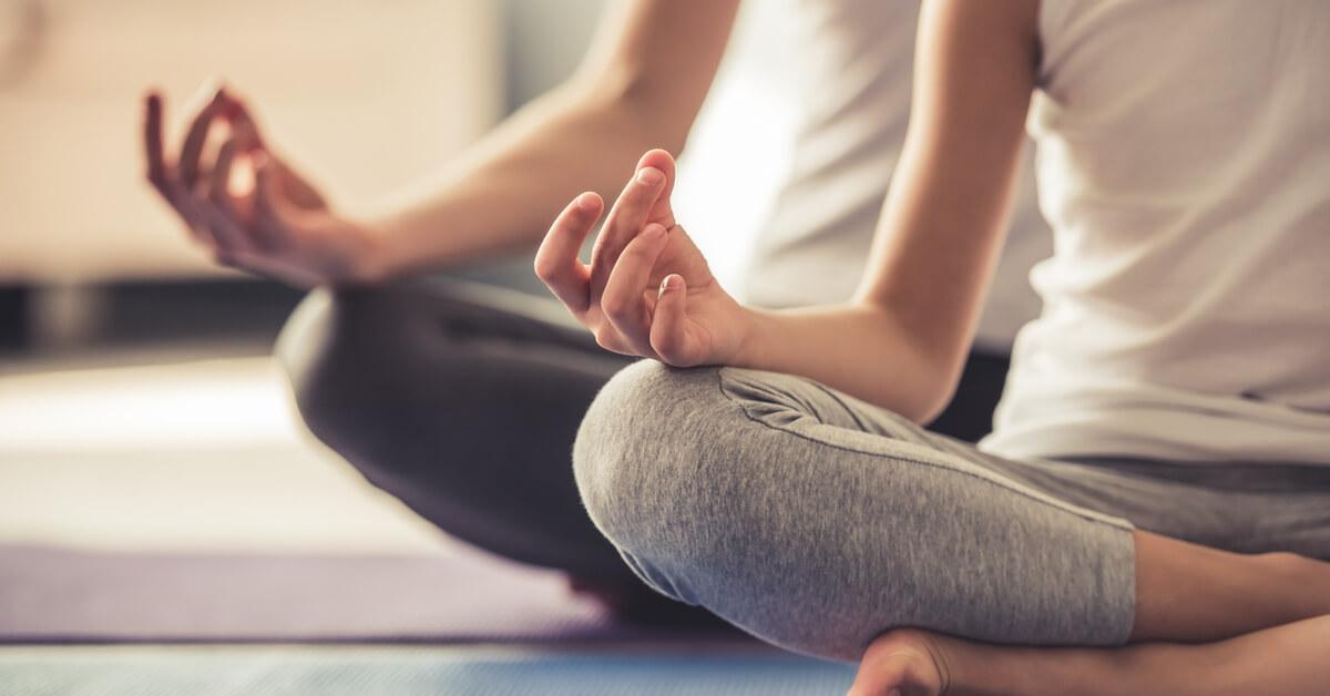 5 طرق من اليوغا لتعزيز الخصوبة ويب طب