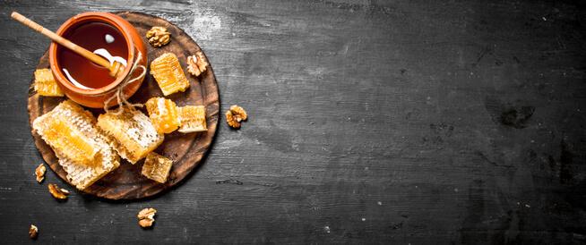 العلاجات المنزلية باستخدام العسل