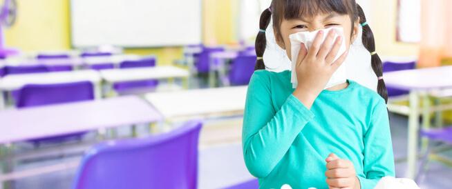 فيروس الكورونا: دليل إرشادي مؤقت للعاملين بالحضانات والمدارس